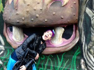#1 HIPPO EATING AME
